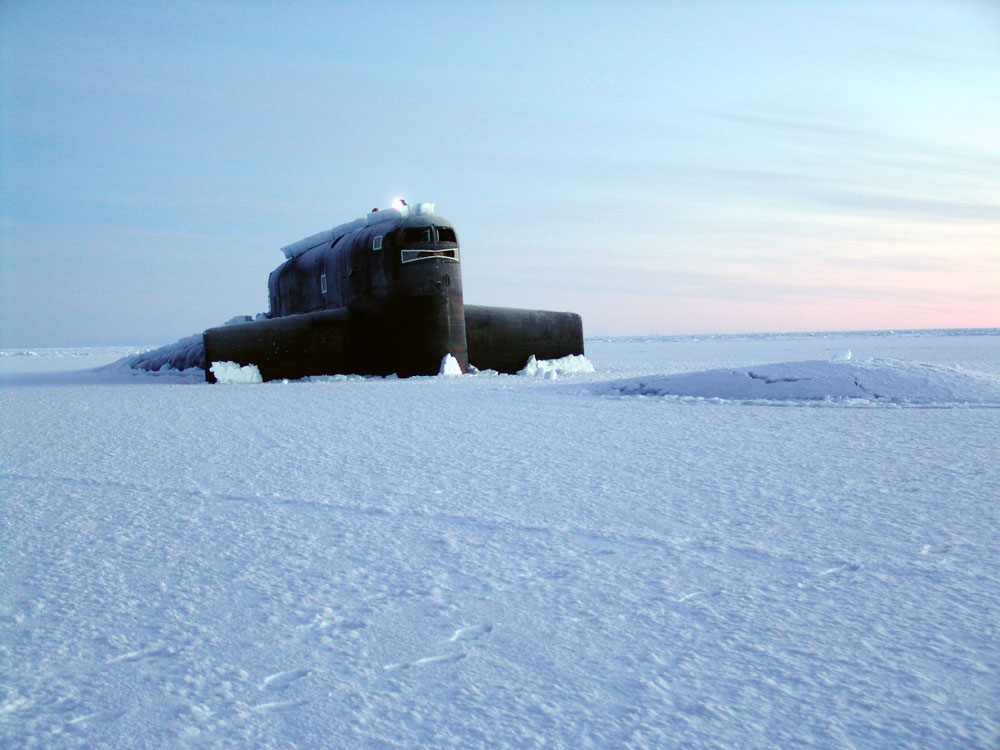 подводная лодка в арктике всплытие